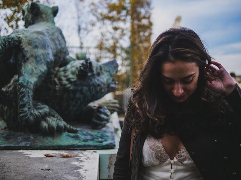 portrait-nature-statue-femme