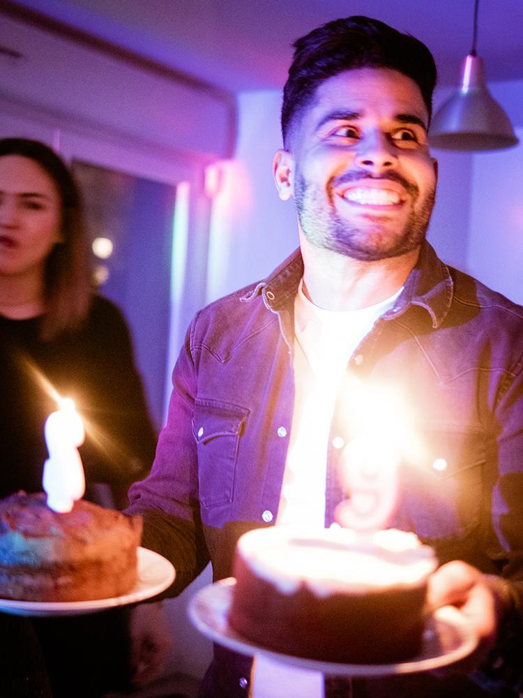 gateau-anniversaire-bougies-arttractiv